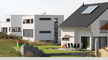 wohnhaus_grau_370x205